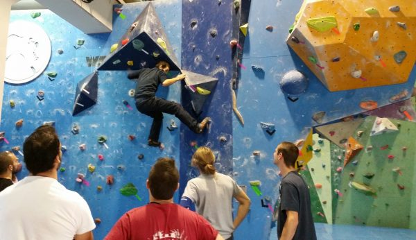 King kong climbing 4